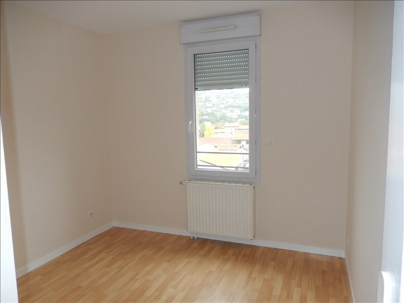 Rental apartment Le puy en velay 570€ CC - Picture 11