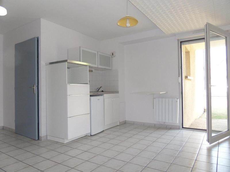 Location appartement Dijon 384€ CC - Photo 1