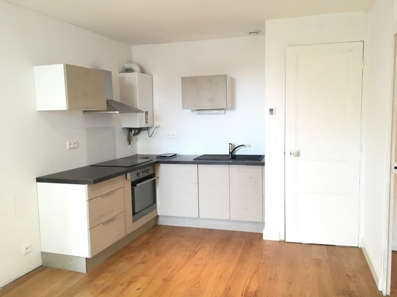 Location appartement Vendome 545€ CC - Photo 1