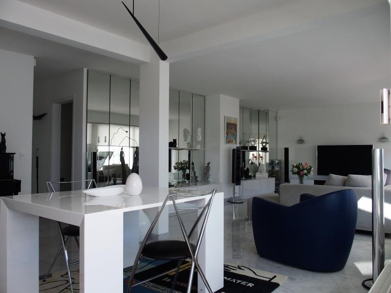 Deluxe sale apartment Annemasse 450000€ - Picture 5