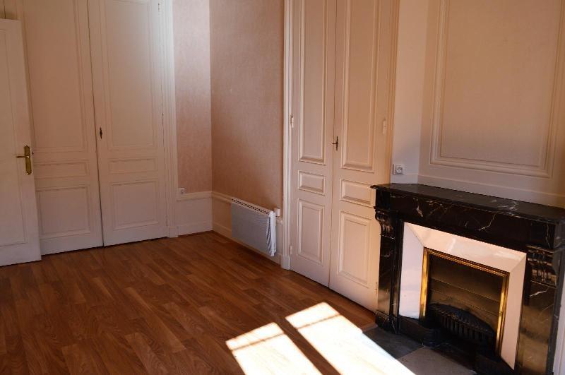 Rental apartment Villefranche sur saône 660€ CC - Picture 2