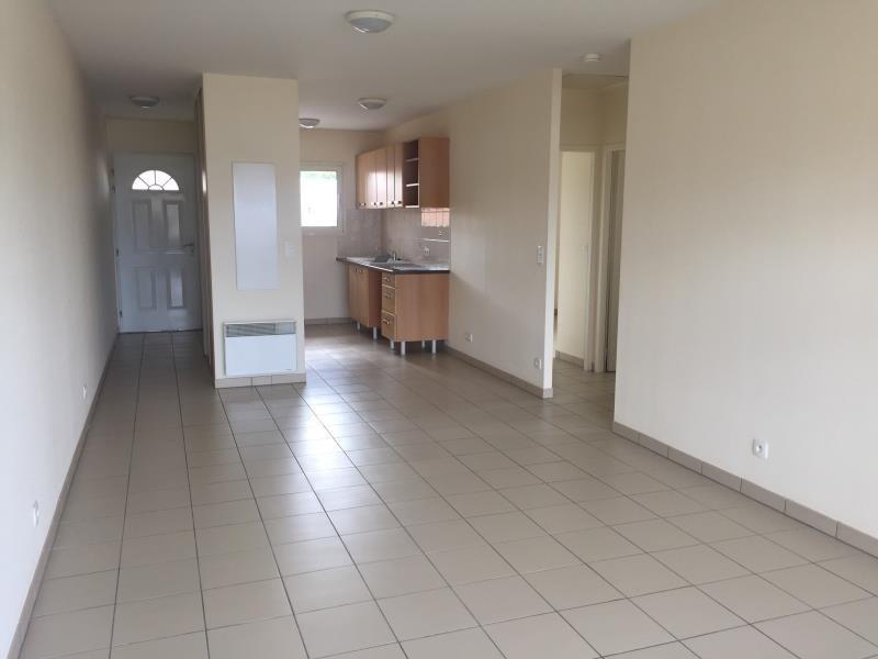 Rental apartment St jean d illac 850€ CC - Picture 1