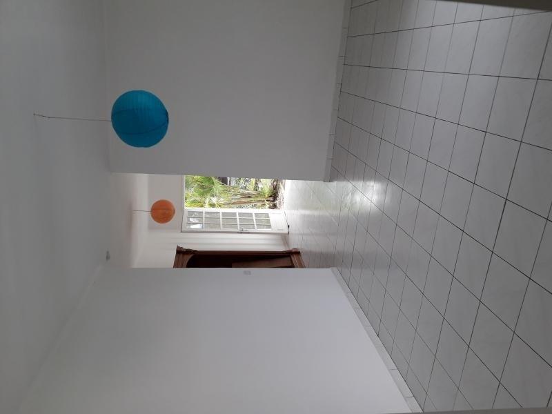 Location maison / villa Grand bois 986€ CC - Photo 9