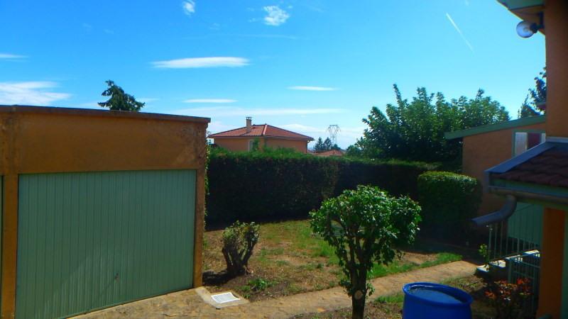 Location maison / villa Pierre benite 869€ CC - Photo 3