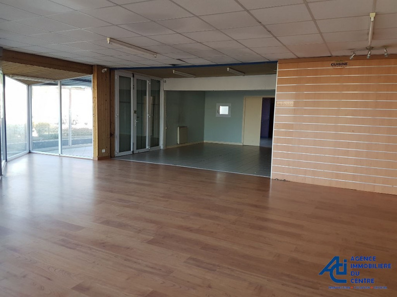 Location local commercial Pontivy 2 100€ HC - Photo 1