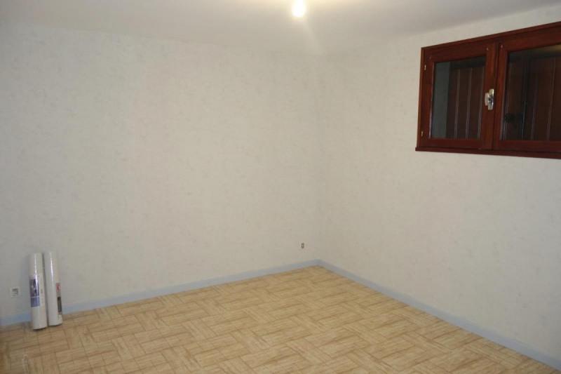 Revenda casa Réalmont 109000€ - Fotografia 4