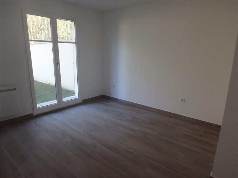Rental apartment Buc 2 124€ CC - Picture 5