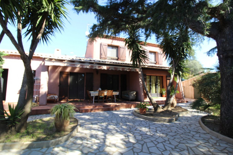 Vente maison / villa Hyeres 490 000€ - Photo 3