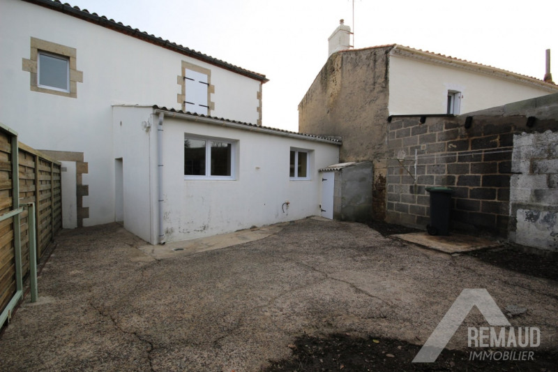 Sale house / villa Aizenay 80700€ - Picture 6