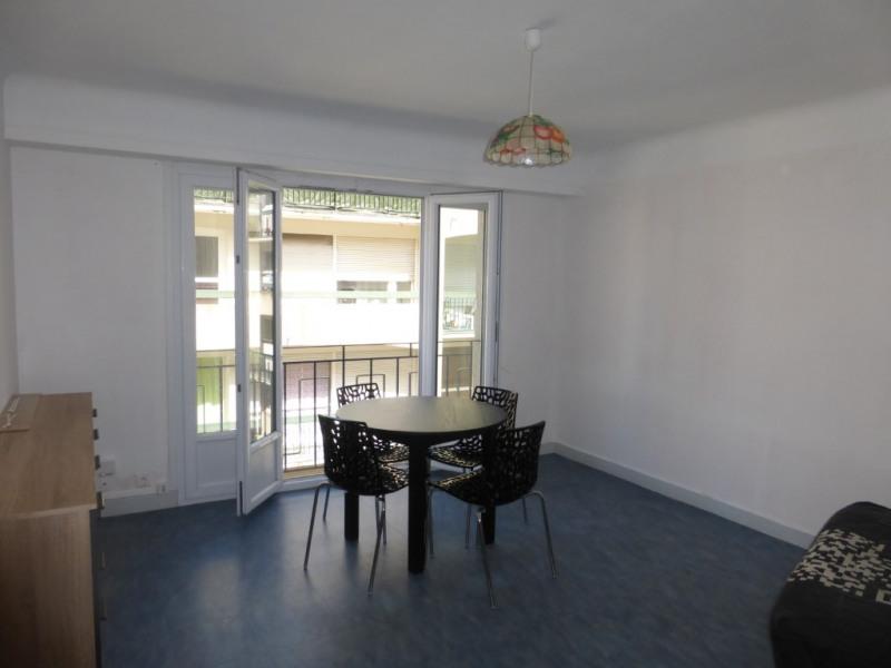 Pau proximité halles T1 bis meuble 36 m² en parfait état