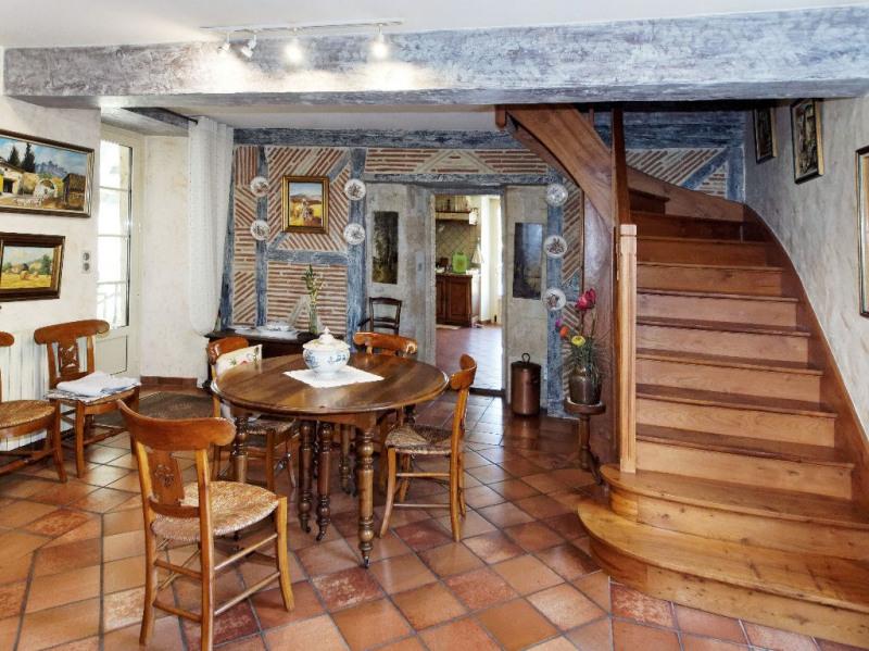 Vente maison / villa Aubiac 383000€ - Photo 5
