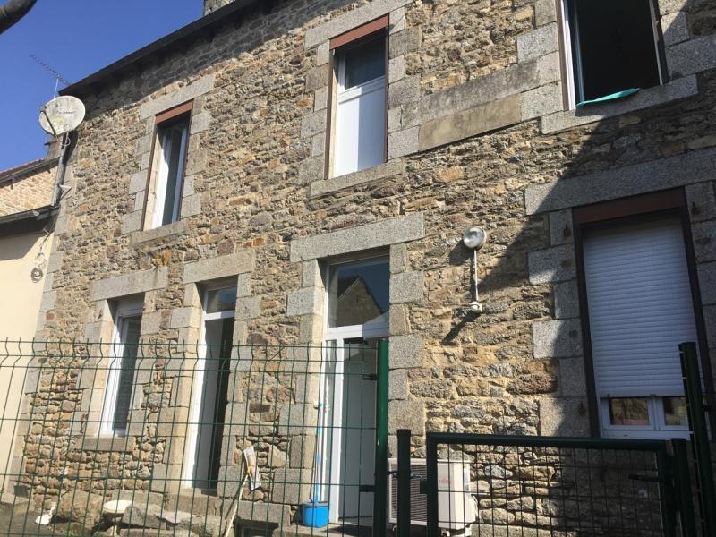 Sale building Saint nicolas du pelem 138300€ - Picture 1