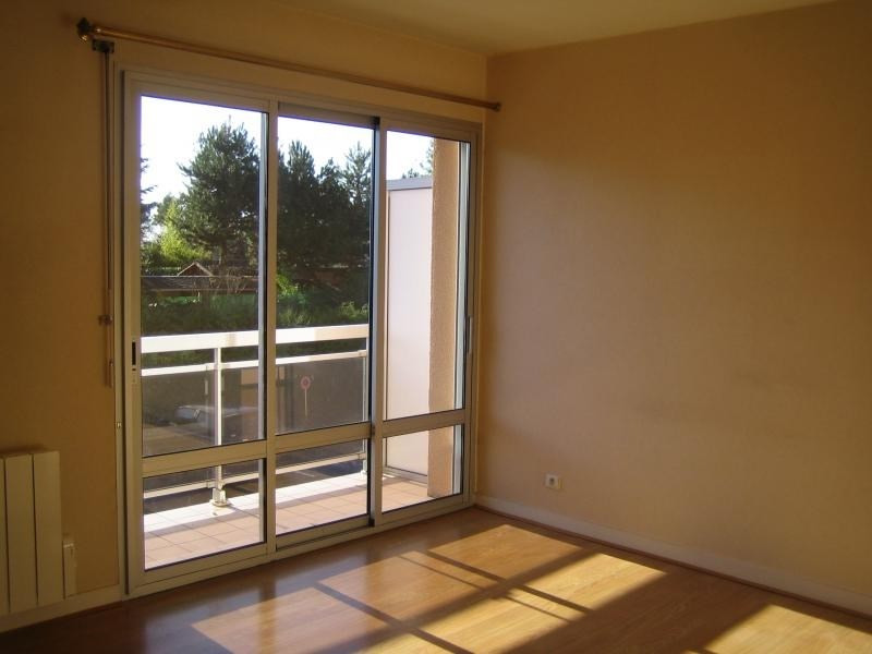 Location appartement St ave 420€ CC - Photo 1