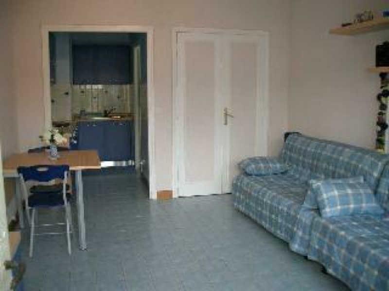 Location appartement Menton 499€ CC - Photo 4