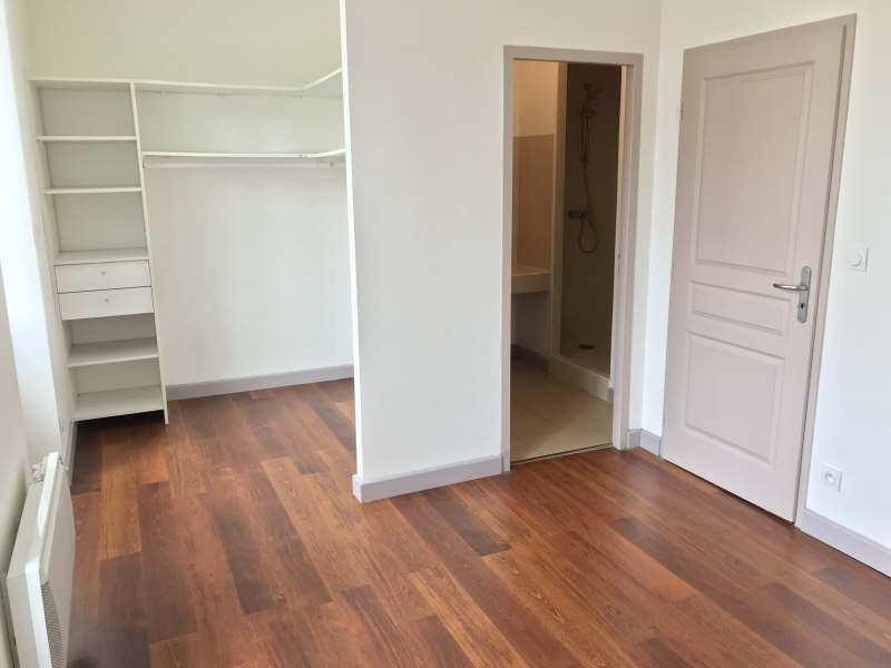 Rental apartment Bordeaux 821€ CC - Picture 4