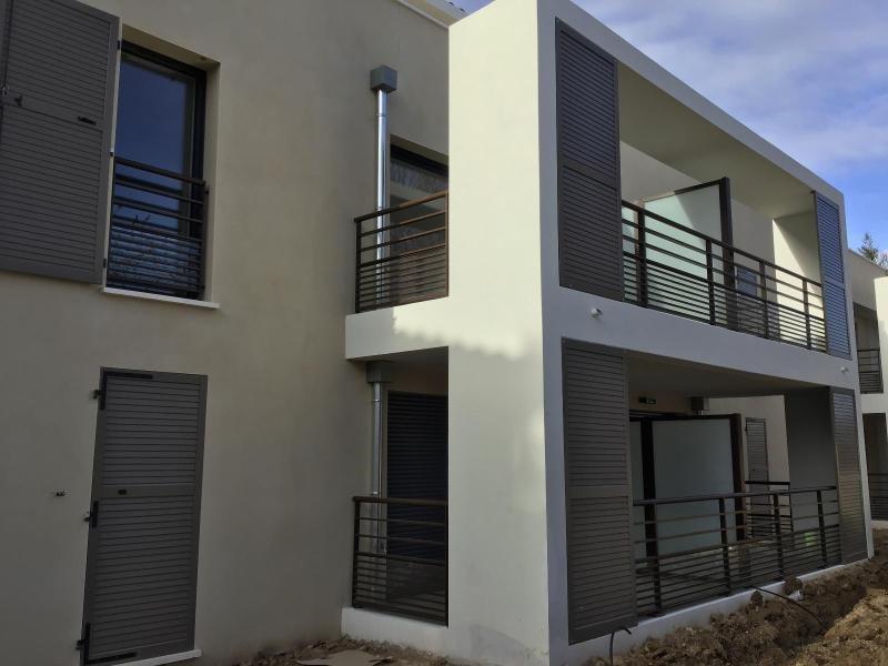 Location appartement Aix en provence 917€ CC - Photo 9