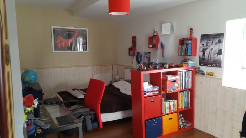Sale house / villa St jean de liversay 328300€ - Picture 6