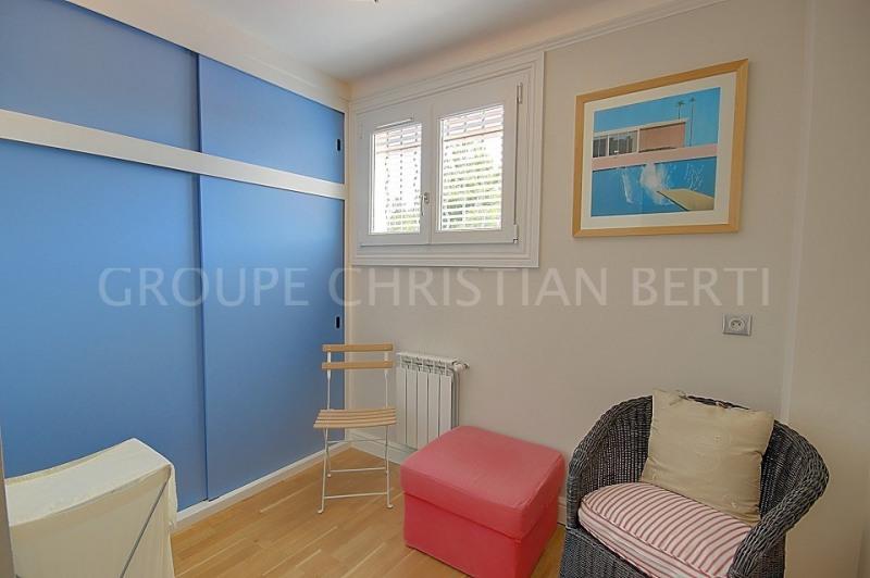 Deluxe sale house / villa Mandelieu la napoule 995000€ - Picture 12