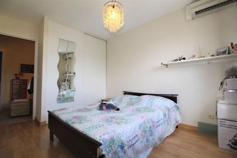 Sale house / villa Saint laurent du var 446000€ - Picture 7