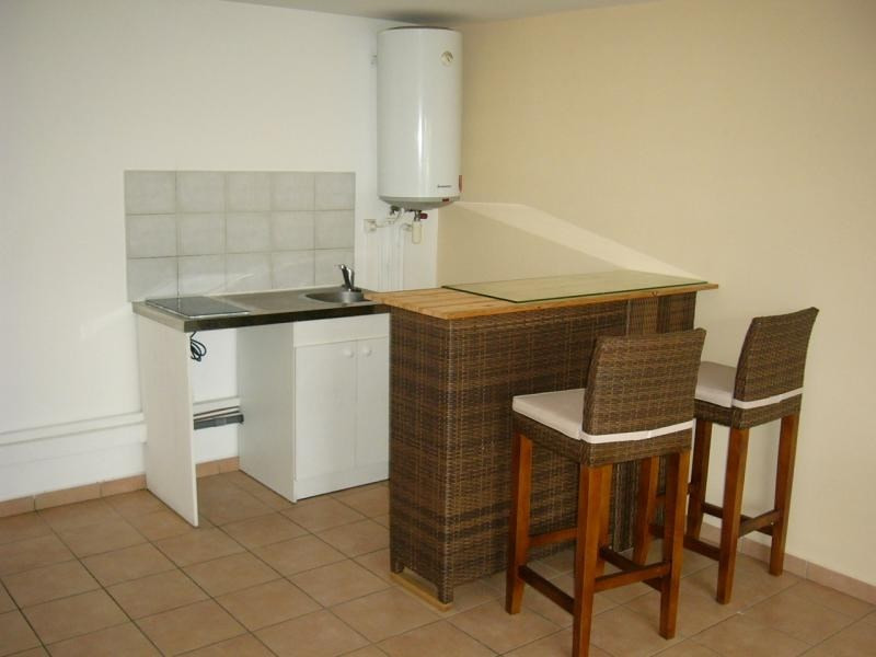 Rental apartment Moufia 495€ CC - Picture 1