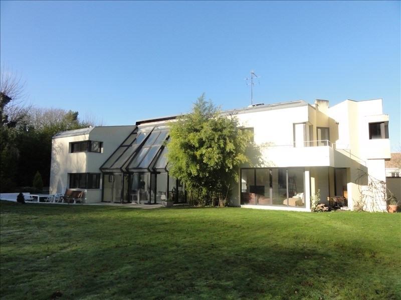 Deluxe sale house / villa Montfort l amaury 695000€ - Picture 1