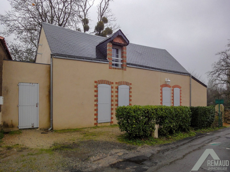 Location maison / villa Aizenay 560€ CC - Photo 1