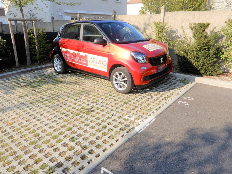 Sale parking spaces Mennecy 9 500€ - Picture 1