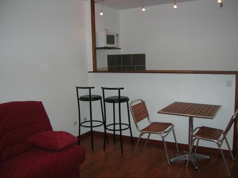 Location appartement Dardilly 490€ CC - Photo 1