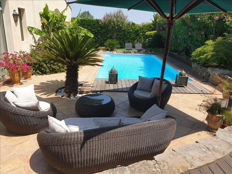 Deluxe sale house / villa Villemoustaussou 430000€ - Picture 1