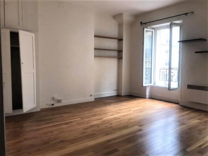 Sale apartment Paris 17ème 310000€ - Picture 2