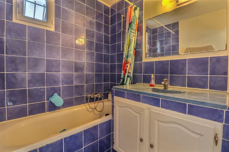 Vente maison / villa Remoulins 240000€ - Photo 9