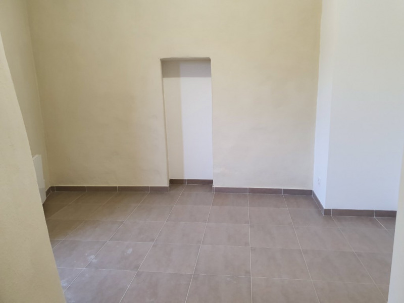 Location appartement Meyrargues 993€ CC - Photo 3