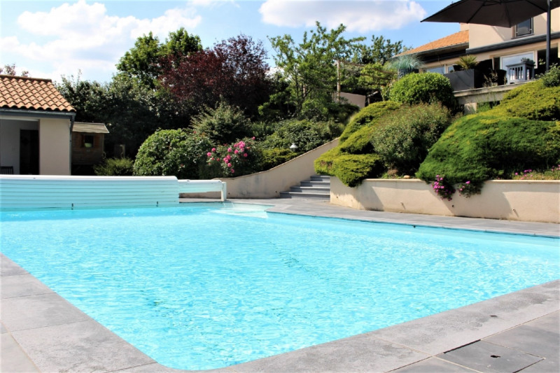 Deluxe sale house / villa Charly 785000€ - Picture 2