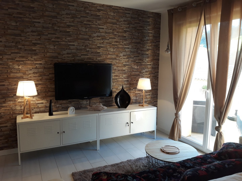 Vacation rental apartment Mer 550€ - Picture 2