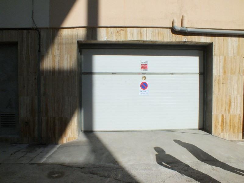 Sale parking spaces Roses-santa margarita 230000€ - Picture 2