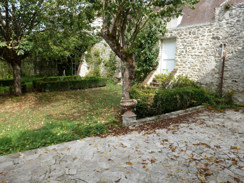 Location maison / villa Fontaine chaalis 1 350€ CC - Photo 9