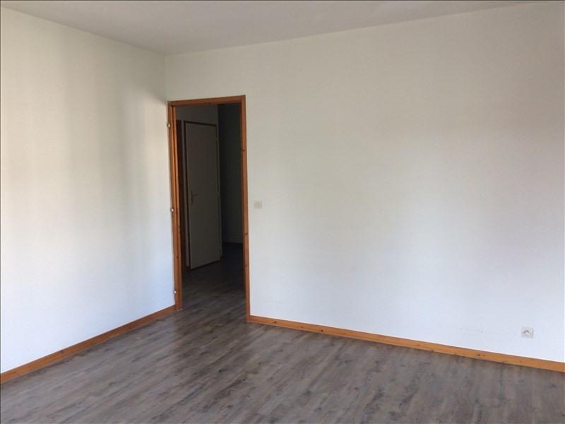 Rental apartment La roche-sur-foron 670€ CC - Picture 2