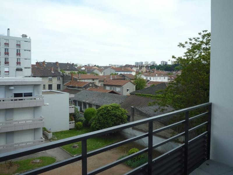 Rental apartment Saint fons 799€ CC - Picture 5