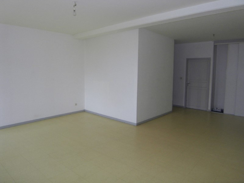 Location appartement Archiac 500€ CC - Photo 2