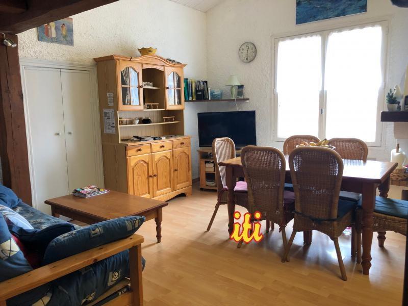 Sale apartment Les sables d'olonne 174000€ - Picture 1