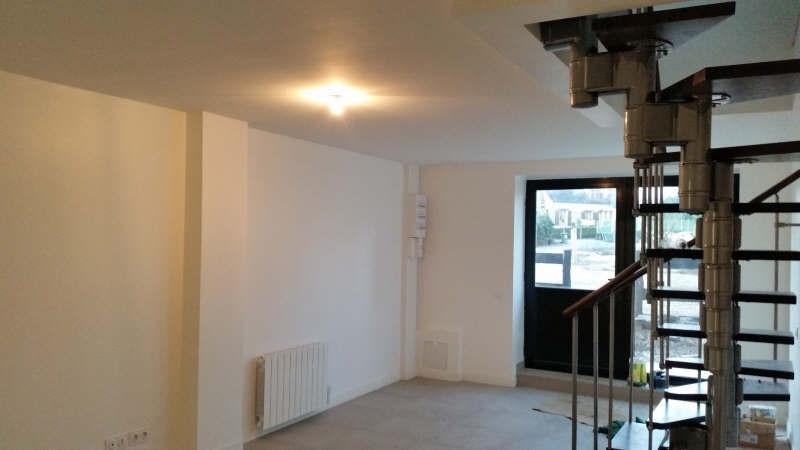 Sale house / villa Montfort l amaury 271000€ - Picture 3