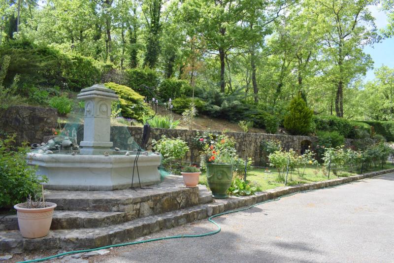 Revenda residencial de prestígio casa Fayence 695000€ - Fotografia 4