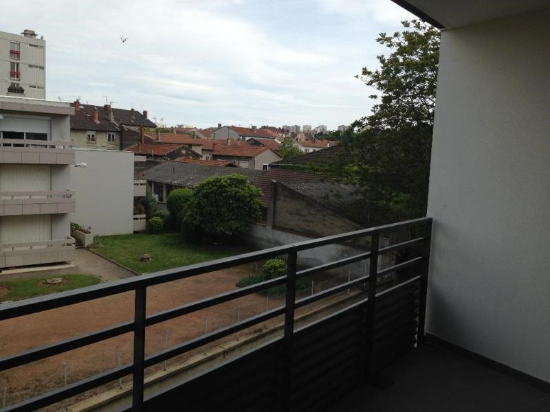 Rental apartment Saint fons 776€ CC - Picture 7