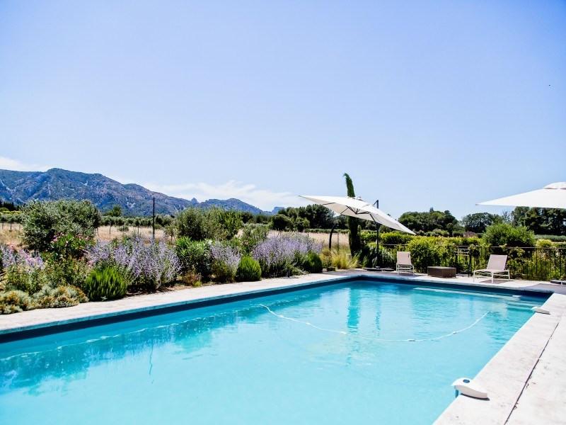Deluxe sale house / villa Saint-rémy-de-provence 1780000€ - Picture 1