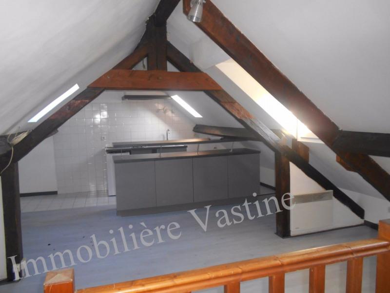 Rental apartment Chamant 550€ CC - Picture 2