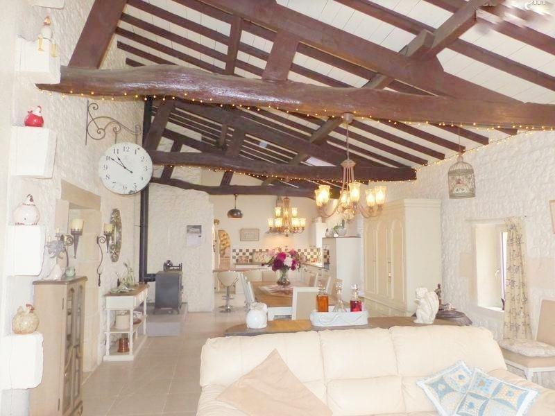 Sale house / villa St andre de cubzac 388500€ - Picture 4