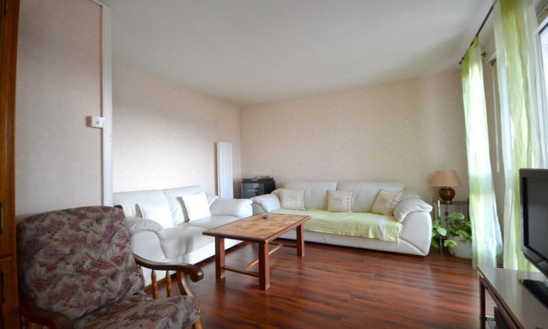 Location appartement Villepreux 1000€ CC - Photo 1