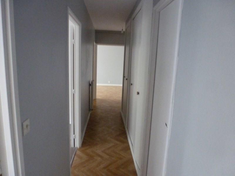 Rental apartment Maurepas 855€ CC - Picture 6
