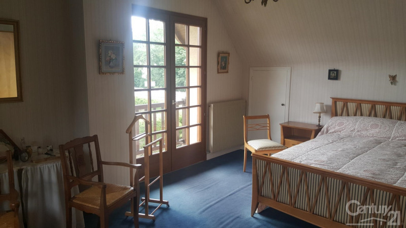 Revenda residencial de prestígio casa Tourgeville 572000€ - Fotografia 7