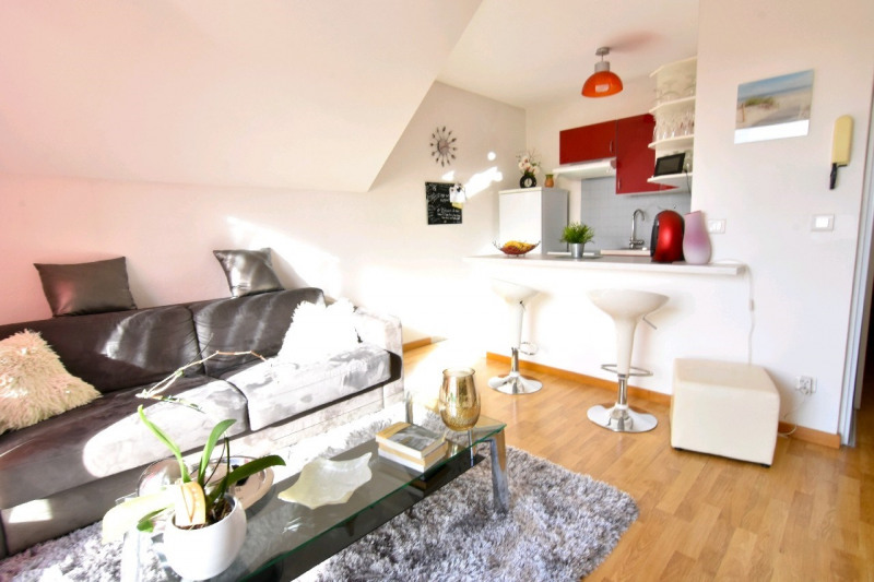 Sale apartment Chambly 107000€ - Picture 2